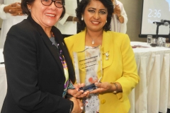 H.E. First Lady of Guyana, receiving her Award from the President of Mauritius, H.E. Ameena Gurib, during CELD New York event 2017